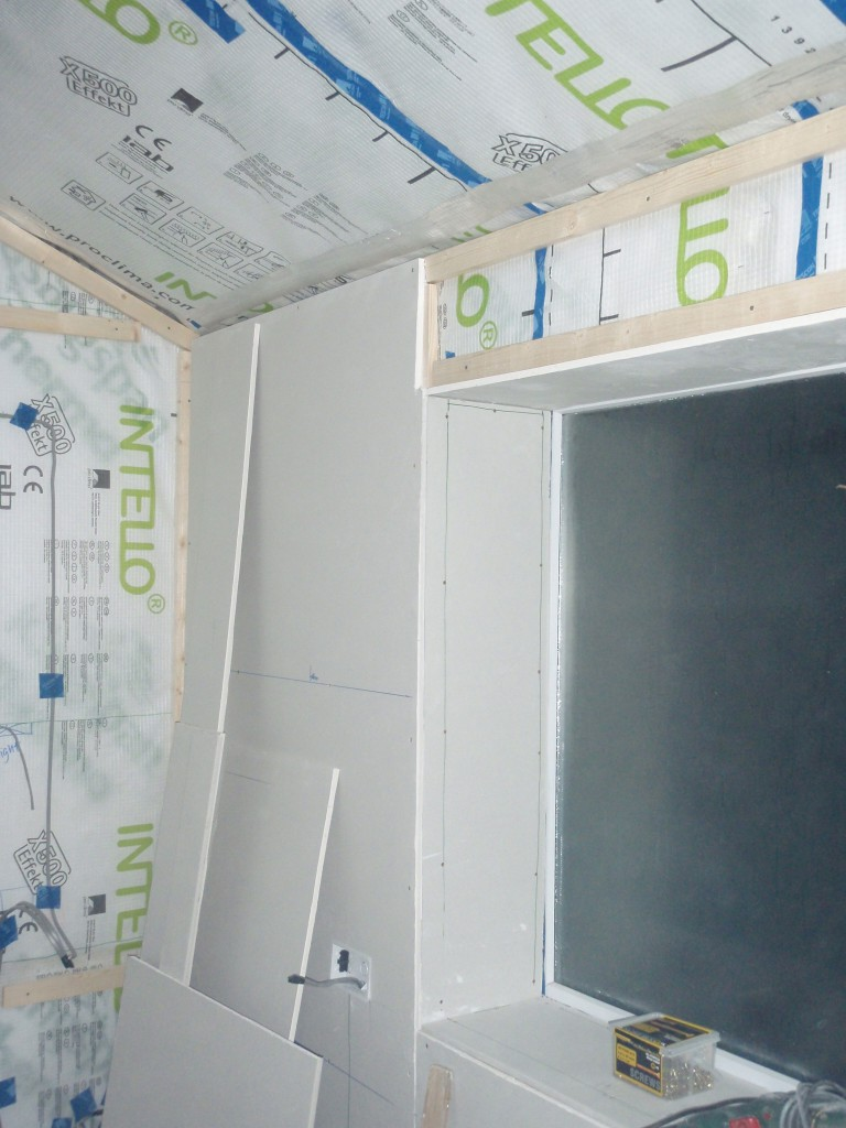 Results to expect: retrofit of internal insulation with air membrane and service zone